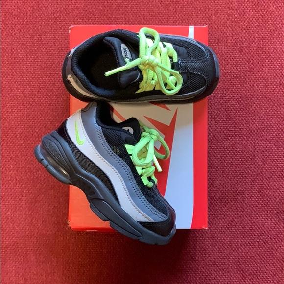 save off 655af e8e2e Toddler boys Nike air max 95